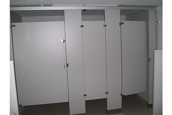 portable-ada-compliant-restroom-7
