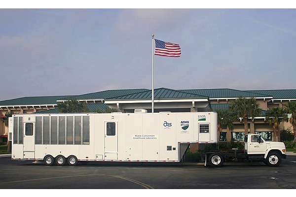 213-usda-greenhouse-trailer-2